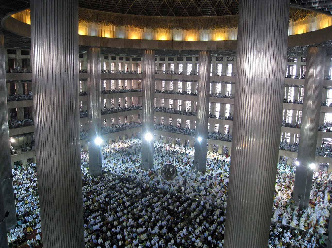 Islam dan Demokrasi, Sebuah Kisah Menunggu Godot?