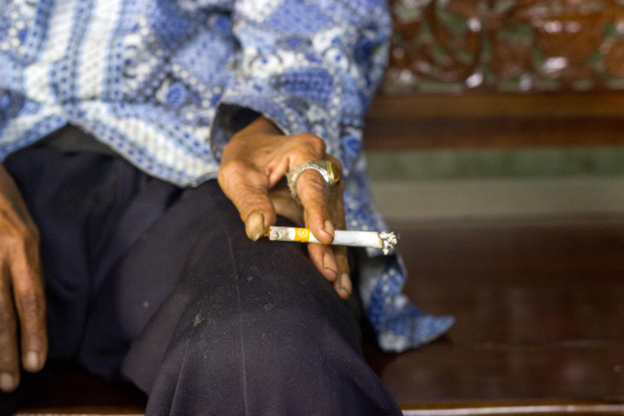 Stigma Negatif pada Rokok dan Perokok