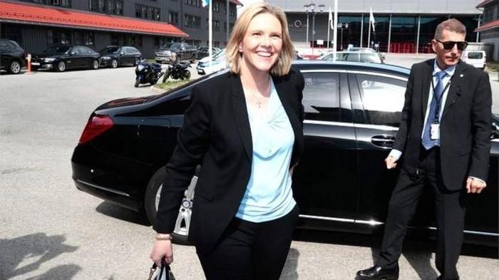 Sudah Semestinya Mencontoh Menteri Kesehatan Norwegia dalam Menyikapi Rokok