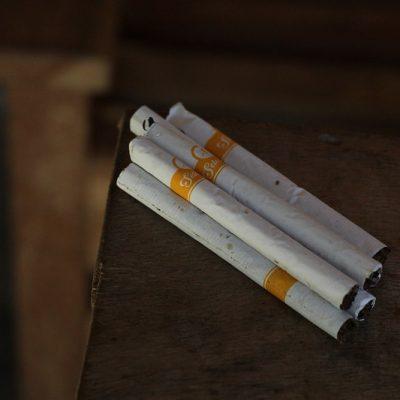 ekonomi rokok ketengan