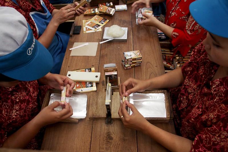 pabrik rokok djarum