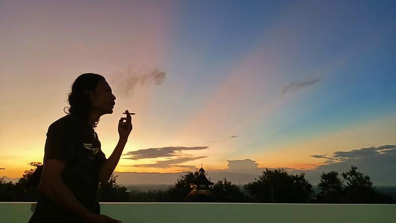 merokok ketengan